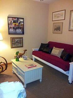 white futon setting